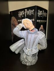Nearly Headless Nick Collectible Bust Statue Gentle Giant Ltd Harry Potter