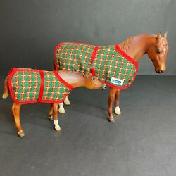 Breyer 2015 Christmas Holiday #712165 Thoroughbred Mare Nursing Foal Eve Claus