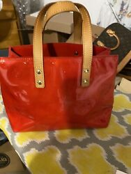 Louis Vuitton monogram vernis reade Framboise bag in beautiful Red Leather Auth $350.00