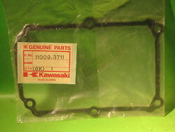 Kawasaki Js300 Sx And03987-91 Js300 And03986-88 Electric Case Gasket Oem 11009-3711