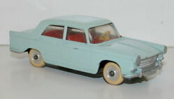 miniatures jrd berline peugeot 404 pale