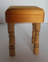Dollhouse Miniatures Handcrafted Wood Kitchen Lt.maple Color Butcher Block Table