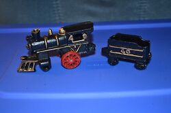 Old Vintage Antique Cast Iron Train Engine And Caboose