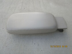07 - 10 Sebring Convertible Touring 2.7l V6 Mpi Center Console And Arm Rester Lid