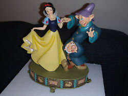 Extremely Rare Walt Disney Snow White Dancing With Dopey And Grumpy Big Statue