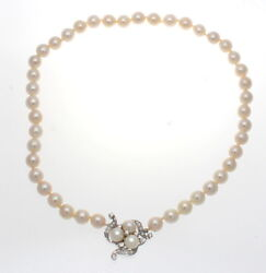 14k White Gold Pearl And Diamond Necklace 0.75 Cts.