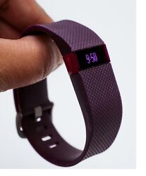Fitbit Charge Hr Tracker Monitor Wristband Heart Rate -large-u Purple Very Good