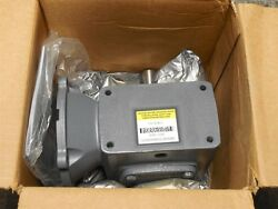 New Boston Gear F721-30-b5-g C-face Right Angle Gearbox Reducer 301 Ratio