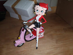 Extremely Rare Betty Boop With Her Pink Scooter Figurine Statue