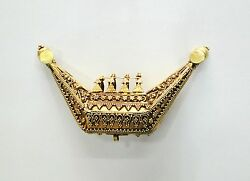 Vintage Antique Collectible Solid 18k Gold Jewelry Pendant Amulet Necklace