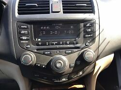 2003-07 HONDA ACCORD 6 DISC CD PLAYER CHANGER & DUAL ZONE CLIMATE CONTROL 7BY1