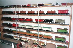 Large Pre War Lionel Train Standard and O Gauge Tin Plate Collection