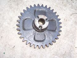 New Idea Corn Picker 324-325 - 302240 33t Spur Drive Gear For Snapping Rolls