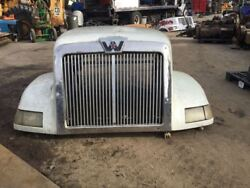 1997 Western Star 64 Inch 5964ss Nose Hood Front End