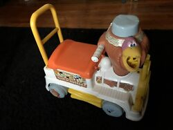 Flinstones Toot N Bubble 70s Riding Toy