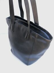 Coach Black French Calfskin Bucket Shoulder Bag Velour Lined - Made in Italy