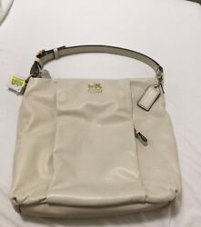 New with tag!!!! White Coach Should Bag With Crossbody Strap
