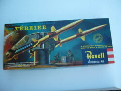 First issue Revell Convair Terrier Surface-to-Air Missile H1813-98