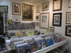 High Quality Antique & Fine Art Inventory For Sale 3000 Sq.ft. 20 x Glass Cases