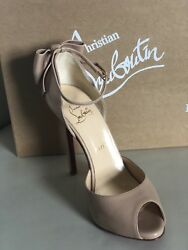 Louboutin Dos Noeud Back-bow Pump, Nude Leather, Size 38