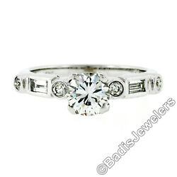 Vintage 18k White Gold 1.27ct Round And Baguette Diamond Solitaire Engagement Ring