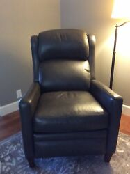 Power Recliner Chair Charcoal Gray Leather. Perfect Condition. Purchased 12-2017