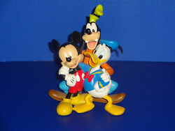 Extremely Rare Walt Disney Goofy With Mickey Mouse And Donald Duck Fig Statue