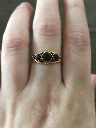 Antique 1994 9ct Yellow Gold Ornate Victorian Style Garnet Trilogy Ring Size 6