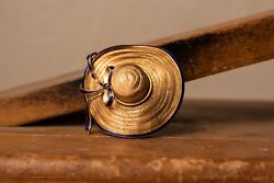 18k Yellow Gold Vintage 1950and039s Hat/bonnet Brooch With Blue Enamel