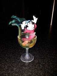 Extremely Rare Walt Disney Mickey Mouse Fantasia In Glass Figurine Statue