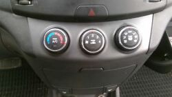 Heater Climate Temperature Control Sedan With AC Manual Rotary Knobs Fits 07-10