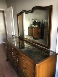 Antique Style French Provincial Dresser Console With Mirror Top