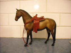 LOT  BREYER CLASSIC TRADITIONAL CUSTOM RED LEATHER SADDLE TACK HORSE ACCESSORIES