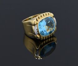 Superb 18k Yellow Gold Blue Topaz Ring 20 Carats Oval Cushion Cut Size 6.5