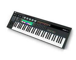 Novation 61SL MkIII, MIDI and CV Equipped Keyboard Controller with 8 Track Seque