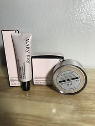 Mary Kay Mineral Powder Foundation Ivory 2 NIB Foundation Primer SPF 15 Makeup