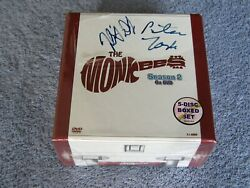 2011 The Monkees Limited Boxset Season 2 W/peter Tork And Micky Dolenz Signed 650