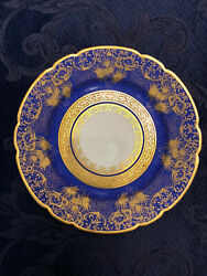 24 Collectible Plates 12 Diameter 11 3/4 Andnbspandnbsp And Andnbsp 12andnbsp Smaller 91/2 Inches