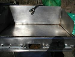 Wells Commercial 48 Grill/griddle On Wheels