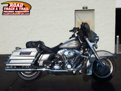 2007 FLHTC - Electra Glide® Classic -- 2007 Harley-Davidson® FLHTC - Electra Glide® Classic    Silver