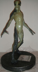 Extremely Rare The X Files Movie Fight The Future Alien Figurine Le Statue
