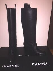 Knee High Caviar Leather Quilted Pull On Boots Sz 39.5 Made In Italy