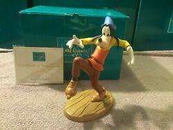 Extremely Rare Walt Disney Goofy Being Very Carefull Figurine Statue Wdcc