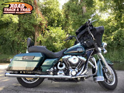 2002 Harley-Davidson® FLHTC - Electra Glide® Classic -- 2002 Harley-Davidson® FLHTC - Electra Glide® Classic    Green/Black
