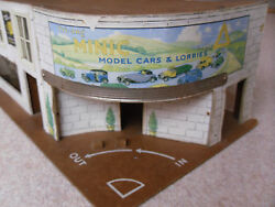 Triang Minic Model Cars And Lorries Garage