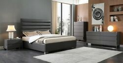 Contemporary Style Upholster Grey Color Finish Bedroom Furniture Queen Size Bed