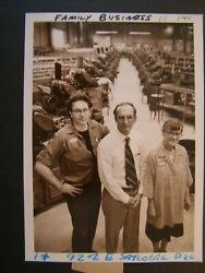 Glossy Press Photo 1980 Waltham Moore Screw Co Pres W/ Employees In Side Factory