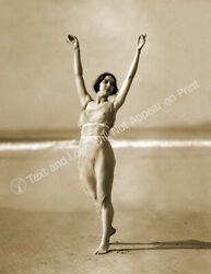 1923 Miss Margaret Severn Dancing on Beach Old Photo 8.5quot; x 11quot; Reprint $12.58