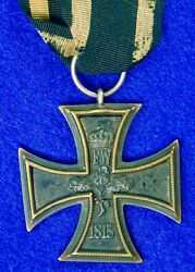 Rare German Germany Ww1 Iron Cross 2 Class Non Silver Frame Medal Order Badge