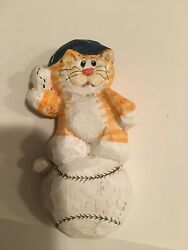 Cat Figurines Collectibles Eddie Walker Baseball Cat With Hat